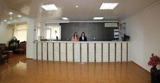 Cenka Hotel : resepsiyon