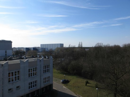 Hotel IOR-Centrum Kongresowe: View from back of hotel