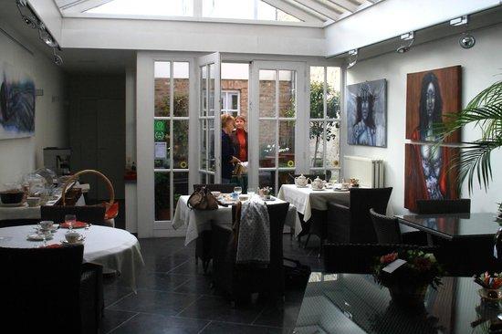 Bed & Breakfast Gallery Yasmine: de ontbijthoek
