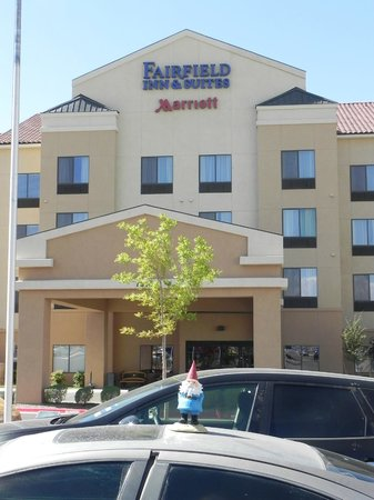 Fairfield Inn & Suites El Paso: The Travelosity Gnome goes to El Paso