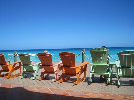 Galley Bay Resort : Relax on a rocker with a rum punch and take in the views.