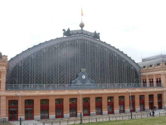 Estación de Atocha: Exterior