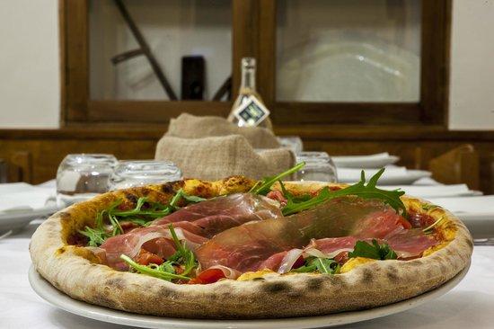 Hotel Restaurant Vecchio Forno: Pizza