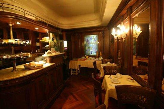 Hotel Lux: comedor