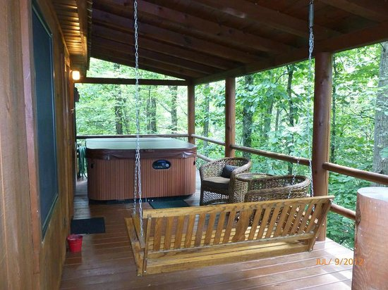 Hocking Hills Cabins: Our back porch