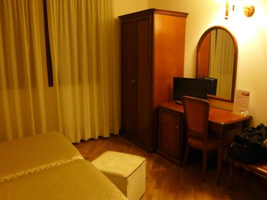 Villa Pace Park Hotel Bolognese: 客室