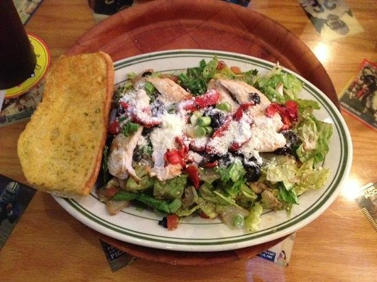 Tully's Good Times : Lunch salad (chicken vinaigrette)