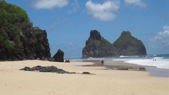 Cacimba do Padre Beach : Na maré baixa