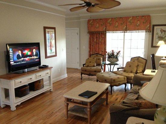 Wyndham Ocean Ridge : Living room