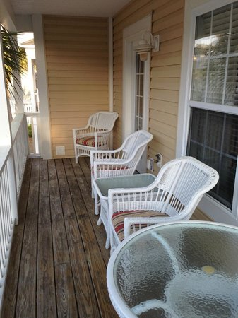 Wyndham Ocean Ridge : Porch overlooking other units
