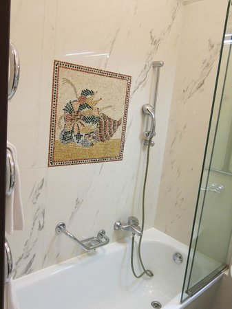 Grand Hotel Bristol : bathroom