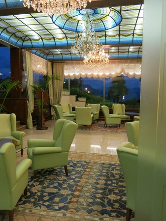 Grand Hotel Bristol : one of the lounge areas