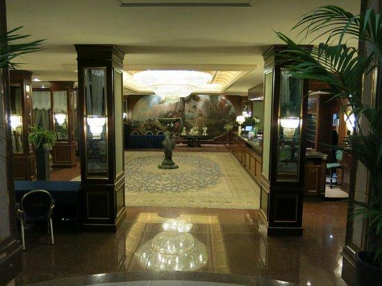 Grand Hotel Bristol : lobby area