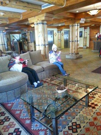 The Inn at Lost Creek : Lobby