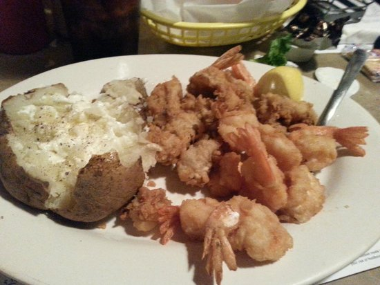 Russell's Seafood Grill : Fried shrimp and oyster platter