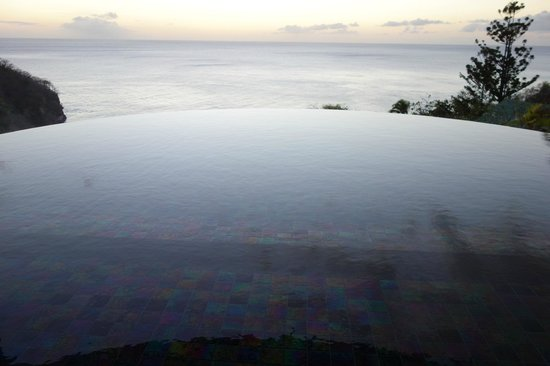 Jade Mountain Resort : Infinity Pool