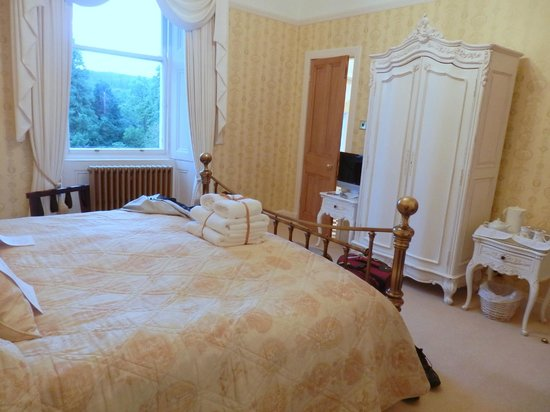 Westerton Bed and Breakfast: Gold Room
