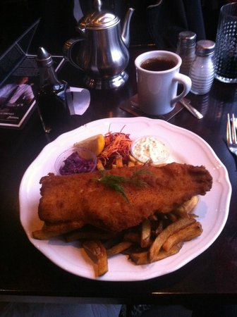 Sir John's Public House: Breaded Fish and Chips