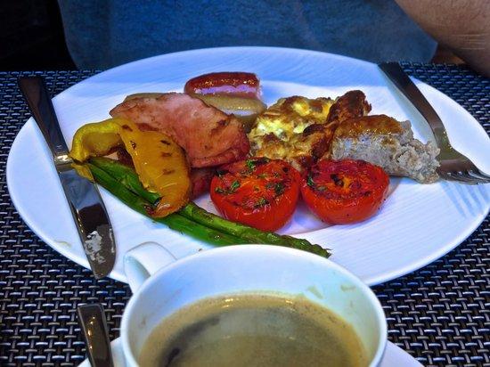 Marco Polo Ortigas Manila : Breakfast at Cucina