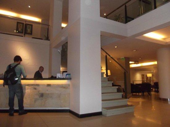 Hotel Crans Montana: Recepção