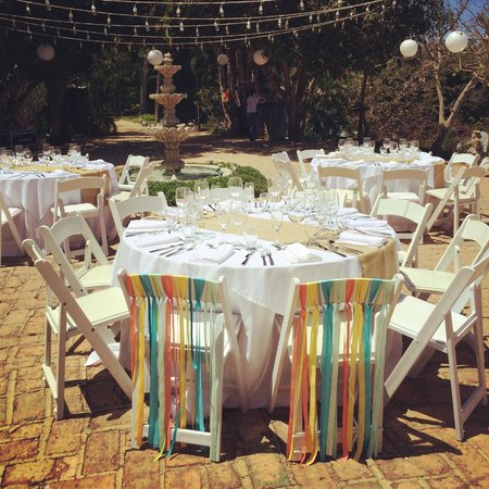Villa Amor: Table settings for the reception