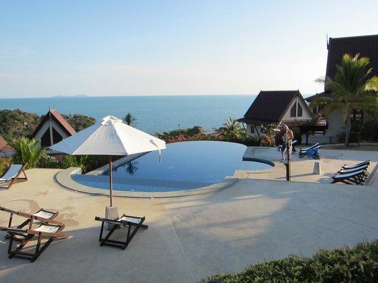 Baan KanTiang See Villa Resort (2 bedroom villas): プール