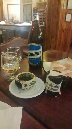 El Boliche de Alberto: Cervejinha e tira-gosto!