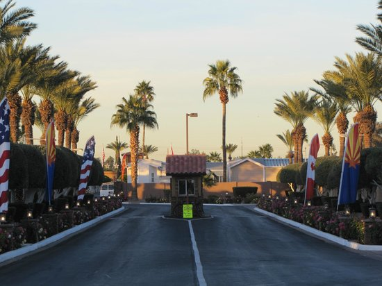 Mesa Regal RV Resort: Gated Entrance with US and CDN flags