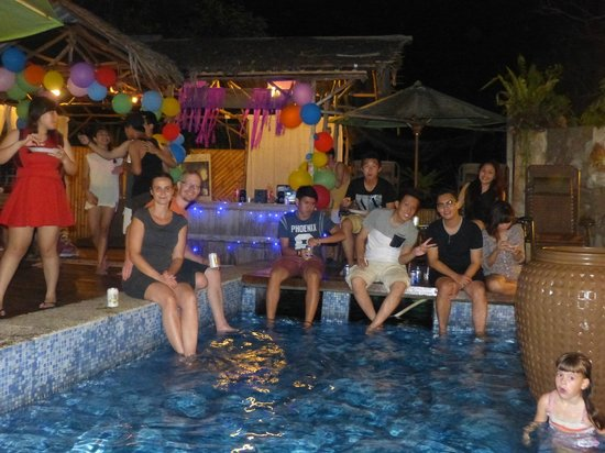 Planet Borneo Lodge: Birthday party by the pool