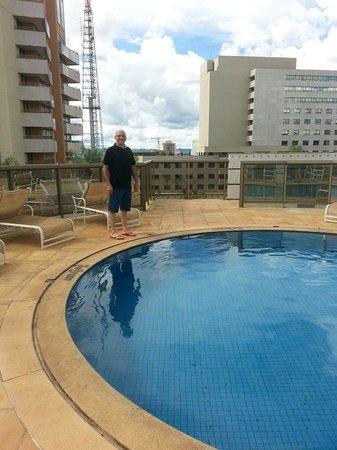 Melia Brasil 21: Piscina no 12º andar, conta com sauna e sala de ginástica anexa.