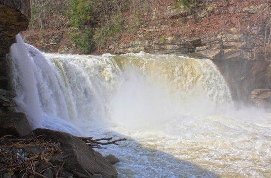 Cumberland Falls State Resort - Dupont Lodge: Cumberland Falls