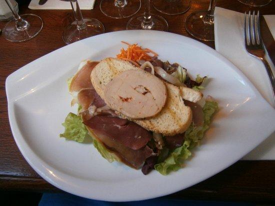 L'Aubergeade: Entrada de Pato com Foie Gras