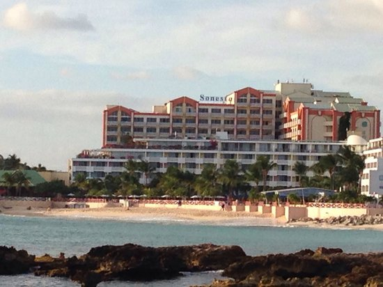 Sonesta Maho Beach Resort, Casino & Spa: View from low rise ocean front condos across the bay