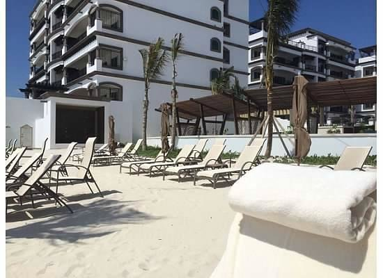 Grand Residences Riviera Cancun : Beach and oceanfront accomodations