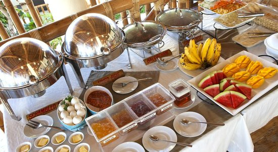 Ocean Vida Beach & Dive Resort: Breakfast buffet