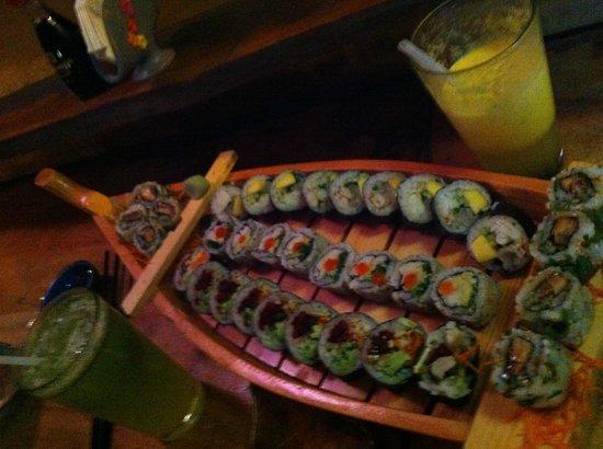 Puggo's : The sushi boat!!!