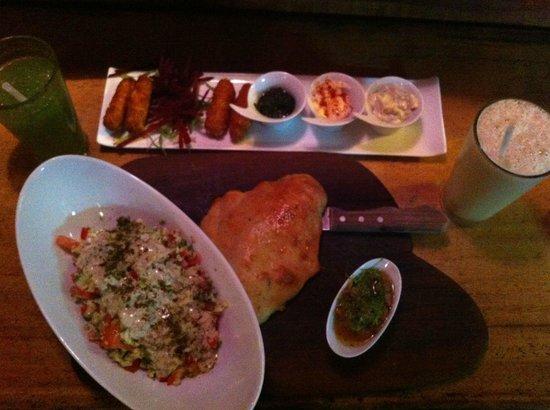 Puggo's : Arabic Salad & Shrimp sticks