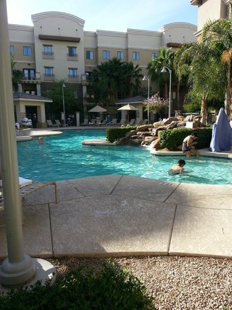 Holiday Inn Express Hotel & Suites Phoenix-Glendale: pool