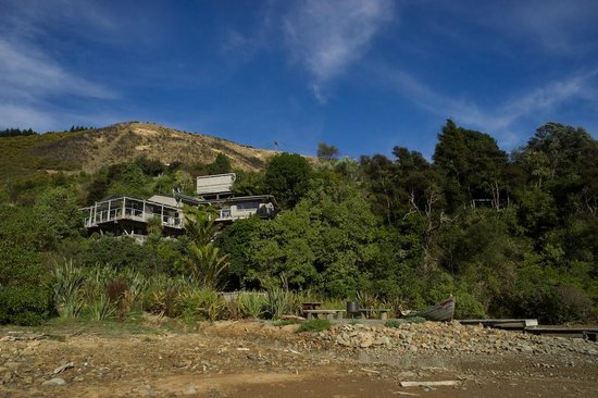 Cable Bay Lodge-Treehouse Waterfront Hideaway: The Treehouse Hideaway | Hidden Away!!!!