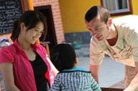 Trippers Carpe Diem Hostel Yangshuo : Your hosts Tripper & Jenny