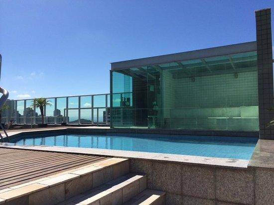 Mercure Belo Horizonte Vila Da Serra: Vista piscina