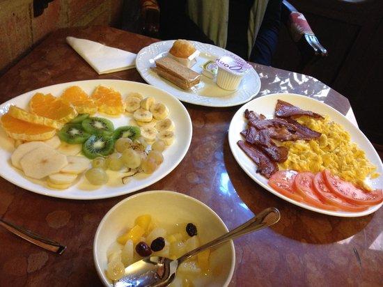 Hotel San Gabriel: Cafe-da-manhã