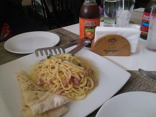 Pizzeria Michelangelo: pasta n robertini
