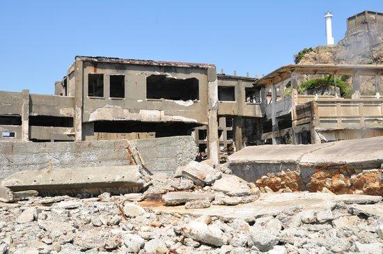 Hashima Island : Buildings of Gunkanjima