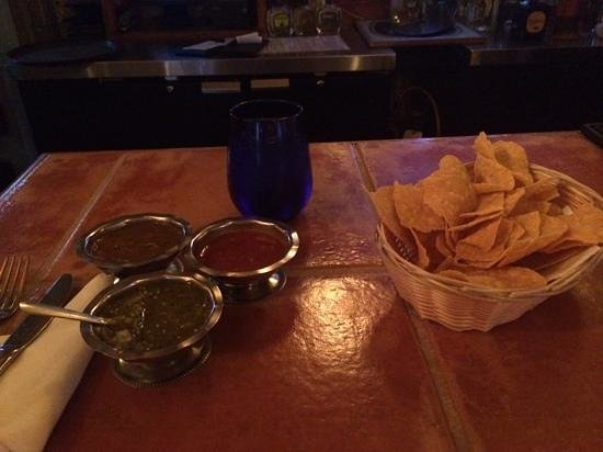 Vive Sol: Chips with 3 salsa's - green tomatilla, chipolte, red chile. Hot!