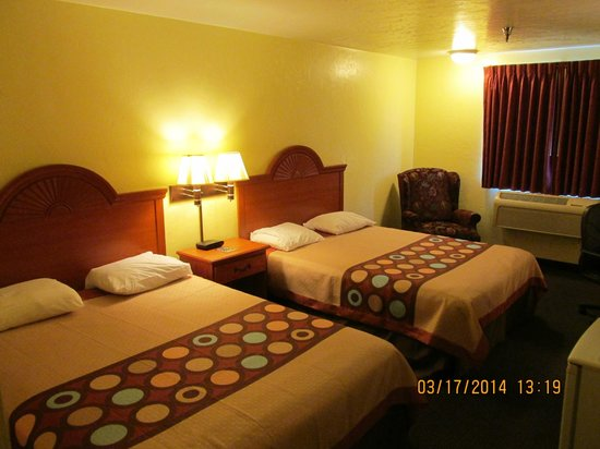 Motel 6: Room With Two Beds