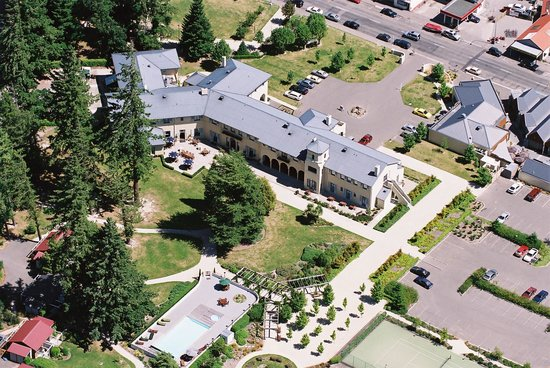 Heritage Hanmer Springs: View of the hotel from above