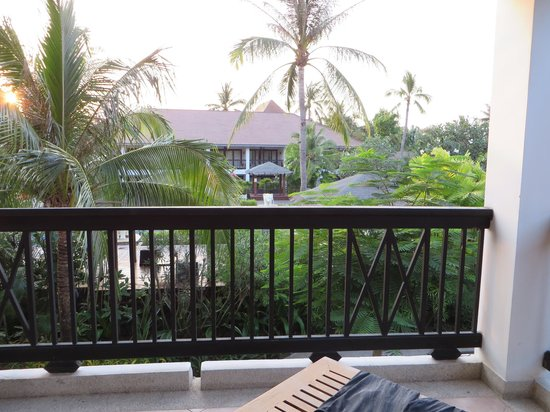 Bandara Resort & Spa : Pool view