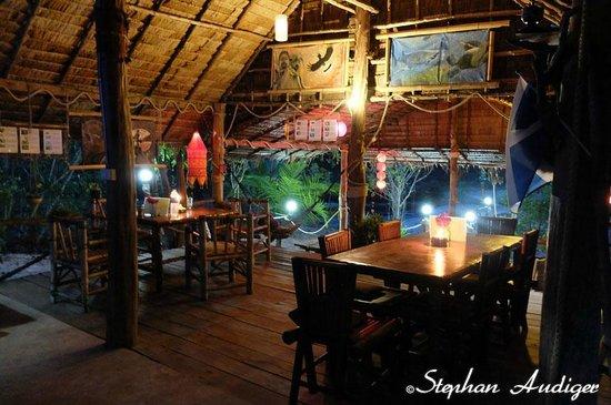 Phrathong Nature Resort: Dining room