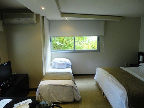 27 Suites: camas